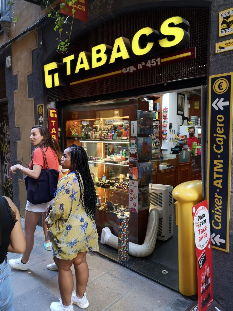 Табачный магазин в Барселоне